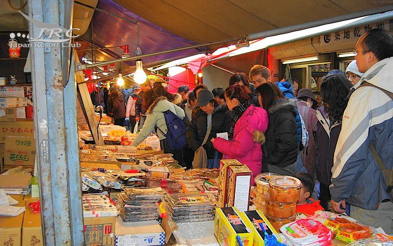 Tsukiji (The Tokyo Central Wholesale Market)